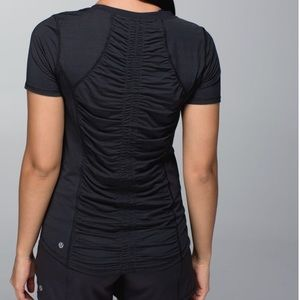 Lululemon Runner Up Short Sleeve Tee